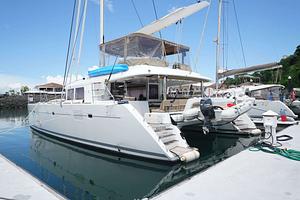 Lagoon 560. Vente et achat de multicoques avec Multicats International. Multihulls sale and purchase with Multicats International.